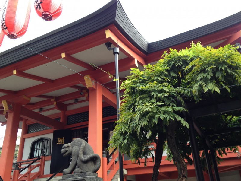 After Filling Your Stomach with Nikuman, Head to Bishamonten Zenkokuji Temple.